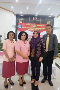 Bersama dengan Ibu Kapolda Kalimantan Tengah